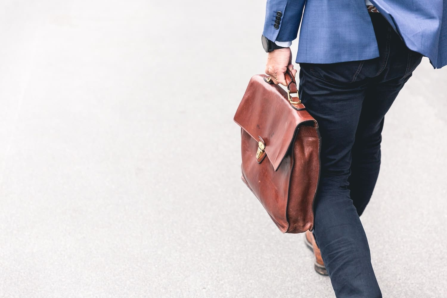financial controller with a suitcase